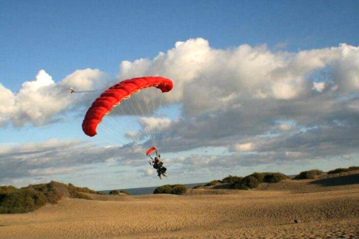 Excursion Tandem skydive